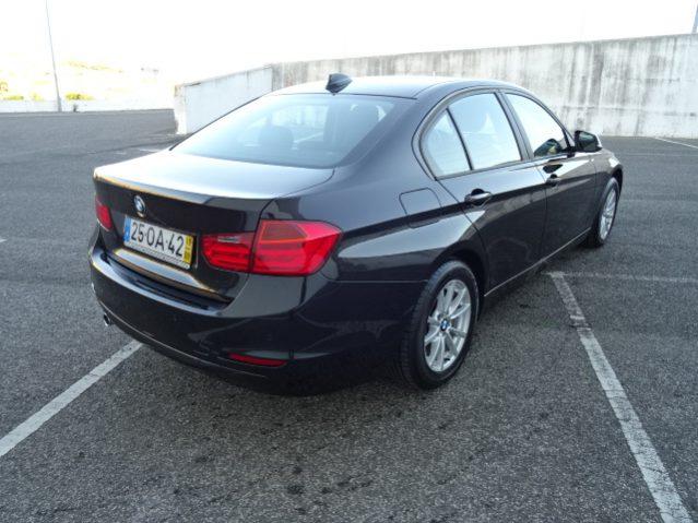 BMW 318 d Efficient Dynamics Automático (4p) cheio