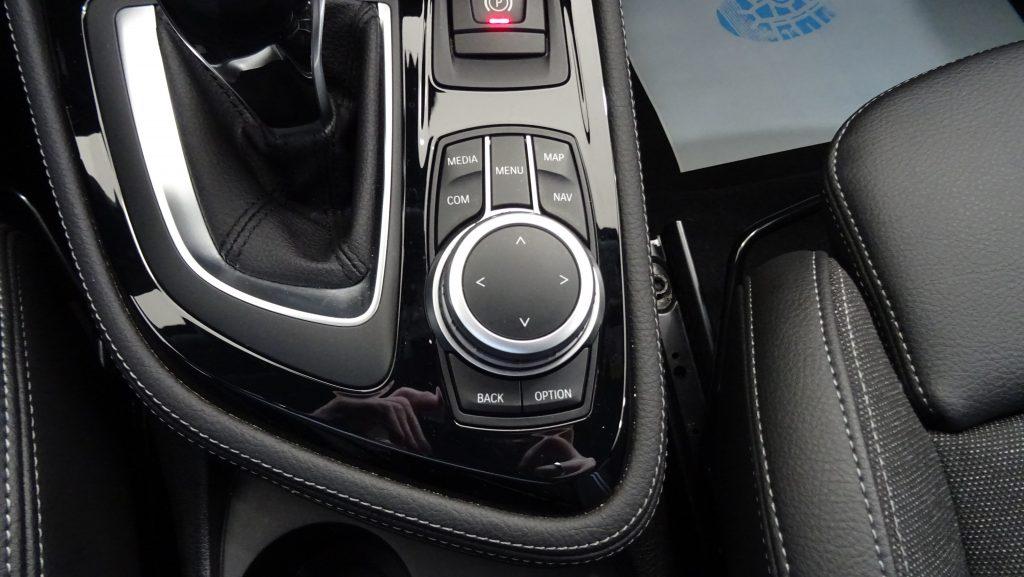 BMW 216 Grand Tourer D 7L Advantage Auto cheio